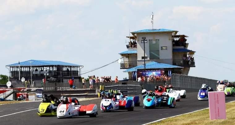 Seconde manche du Championnat du Monde Side-Car, Emmanuelle CLEMENT, en Hongrie le 26 et 27 Juin 2021