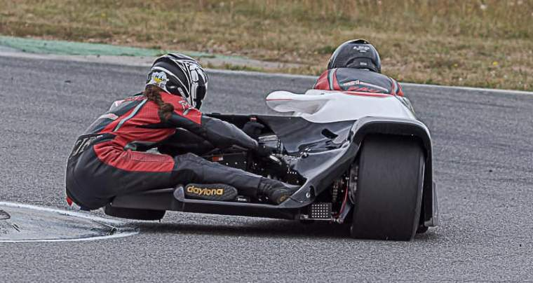 Emmanuelle CLEMENT, passagère side-car, Championnat de France, Albi, 14 et 15 septembre