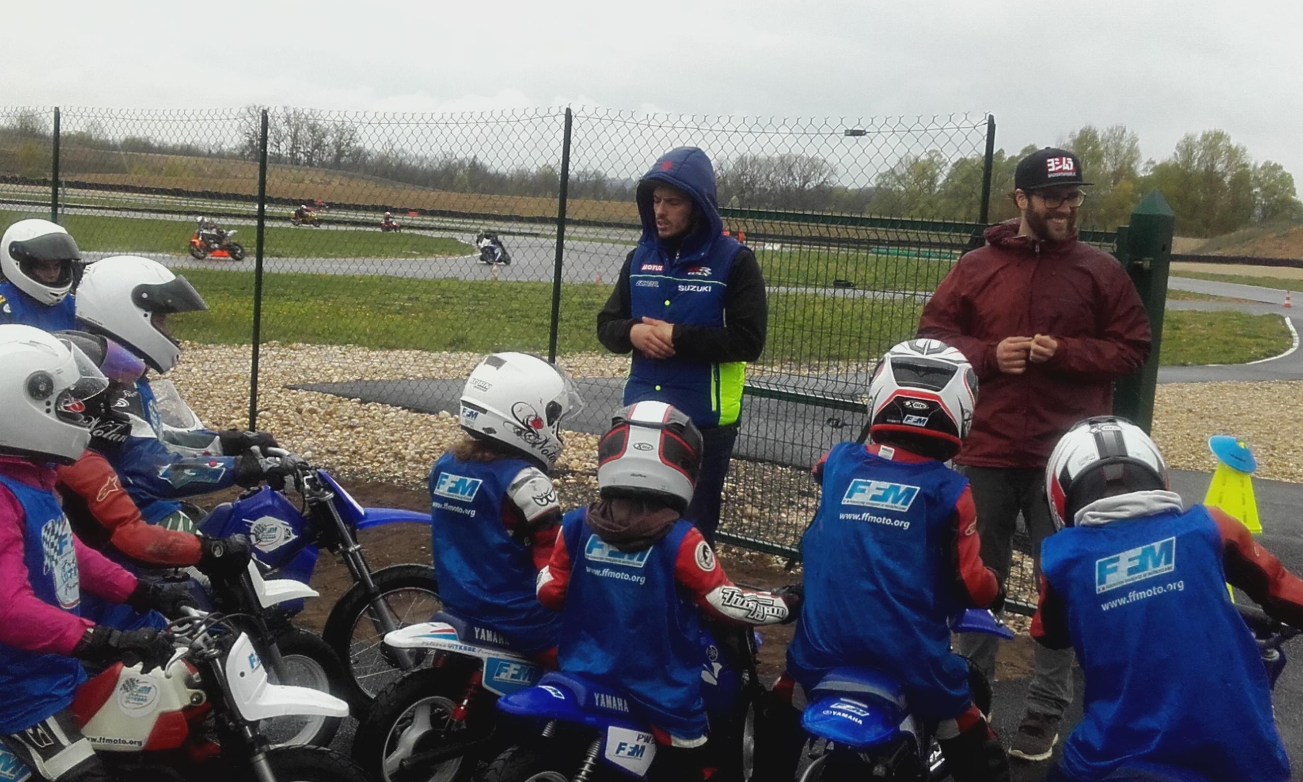 Journée Initiation  et  découverte moto,9 Mars 2019, Circuit Château Gaillard