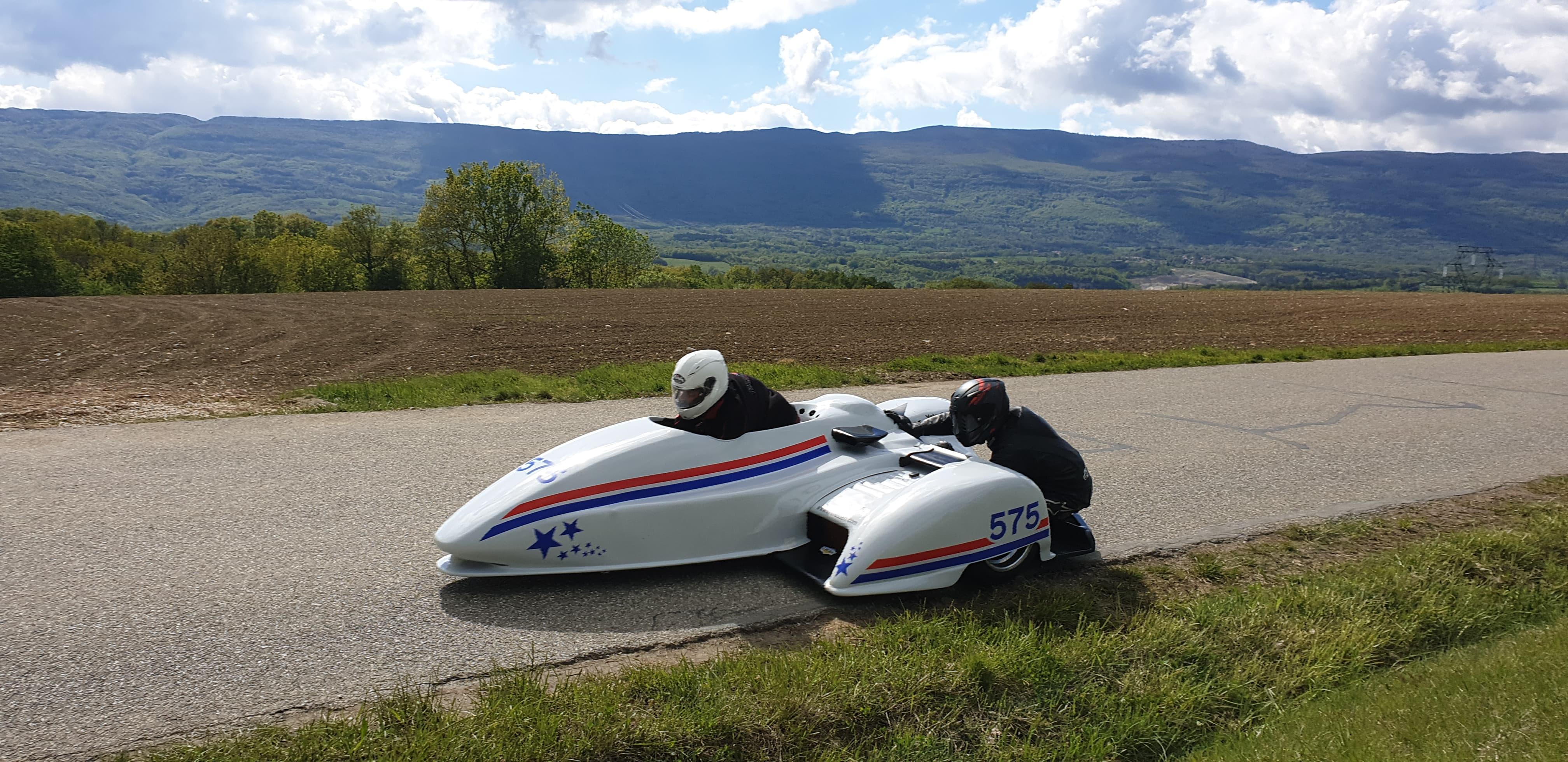 Ouverture du championnat de France de la montagne les 4 et 5 Mai derniers, à Franclens, podium pour nos side caristes